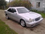 Продам автомобиль Mercedes-Benz E200